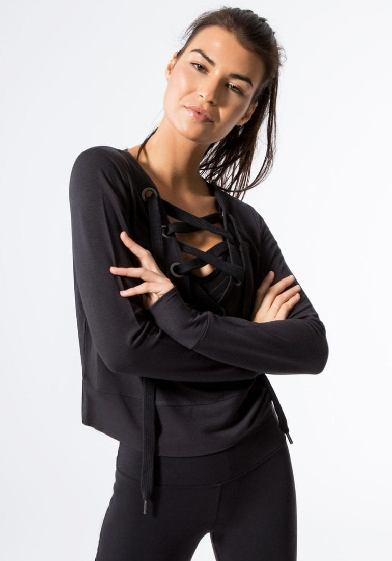 2-alo-ideal-long-sleeve-top-outerwear-black (2)